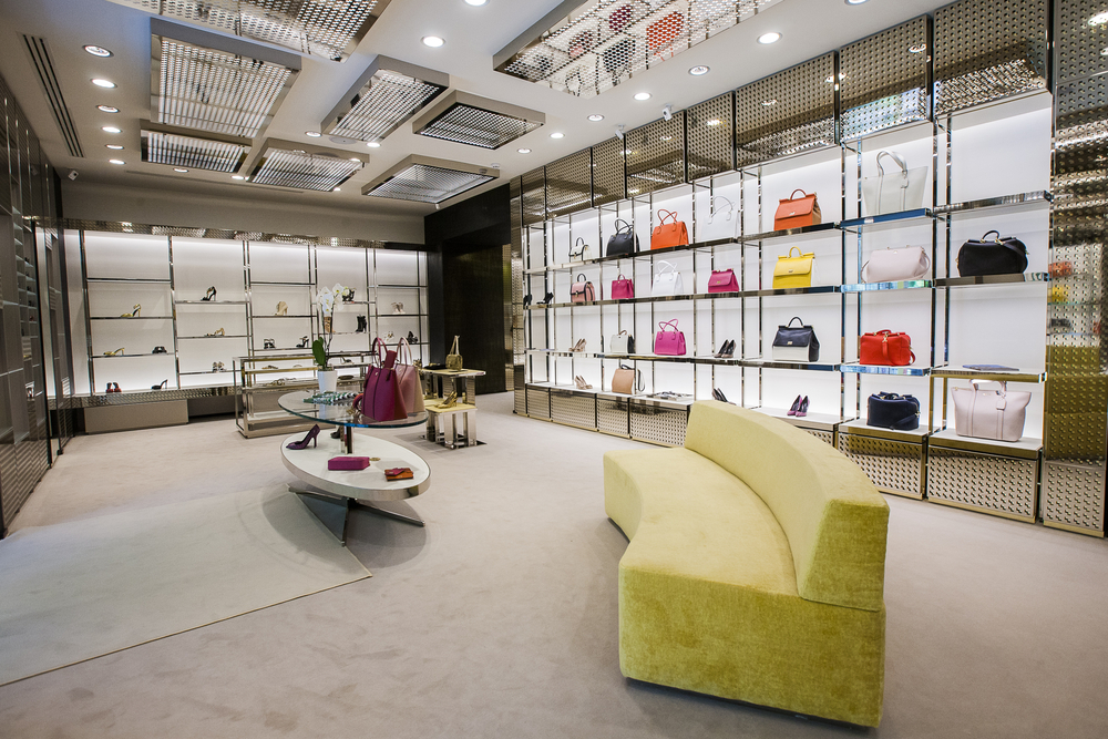 The Challenges Luxury Retailers Face in the Digital Landscape
